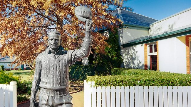 INTERNATIONAL CRICKET HALL OF FAME, BOWRAL