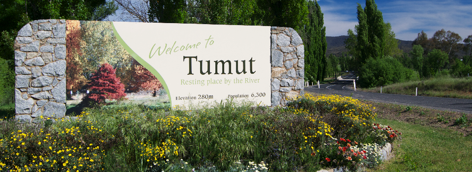 CHRISTMAS TIME IN TUMUT TOUR